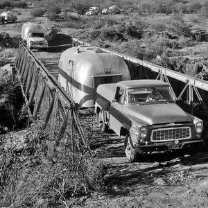 AfricanCaravan1958